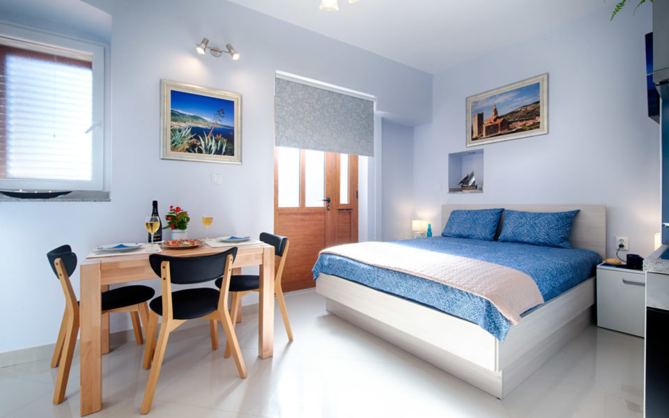 Holidays in Komiža - Apartman BluBay photo gallery