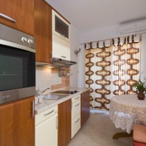 Holidays in Komiza - Apartment Jakica