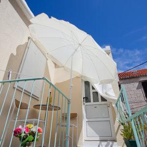 Holidays in Komiza - Apartman Lagani