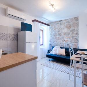 Holidays in Komiza - Apartment Indie
